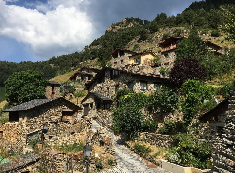 Pourquoi investir dans l'immobilier en Andorre ?