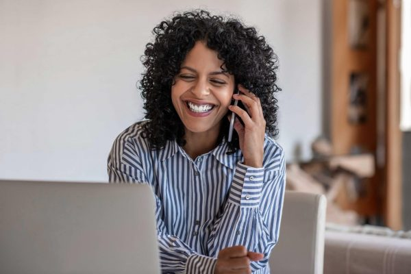 Comment communiquer avec un client dans un appel téléphonique ?